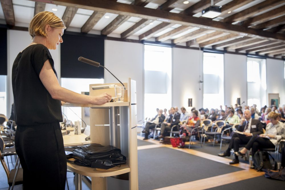 Jule Koch taler ved konference for IWGIAs 50års jubilæum